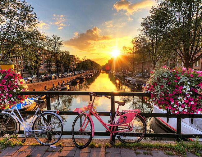 Amsterdam Kurztrip Altstadt mit Fahrrad