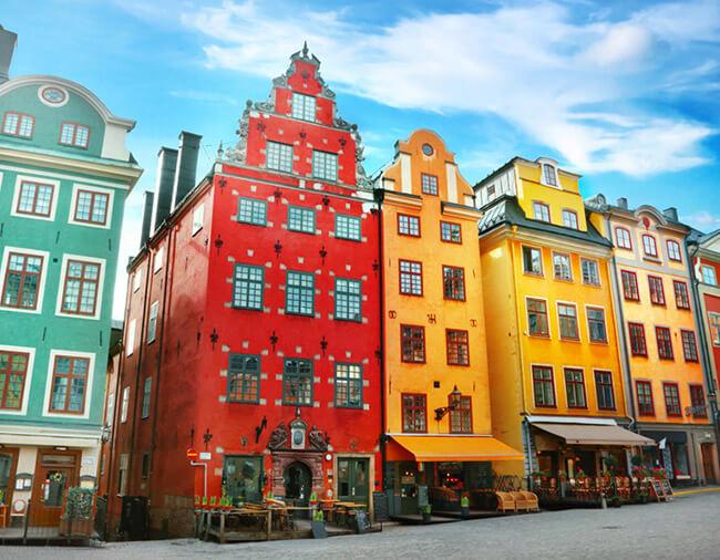Altstadt mit den typisch bunten Häusern